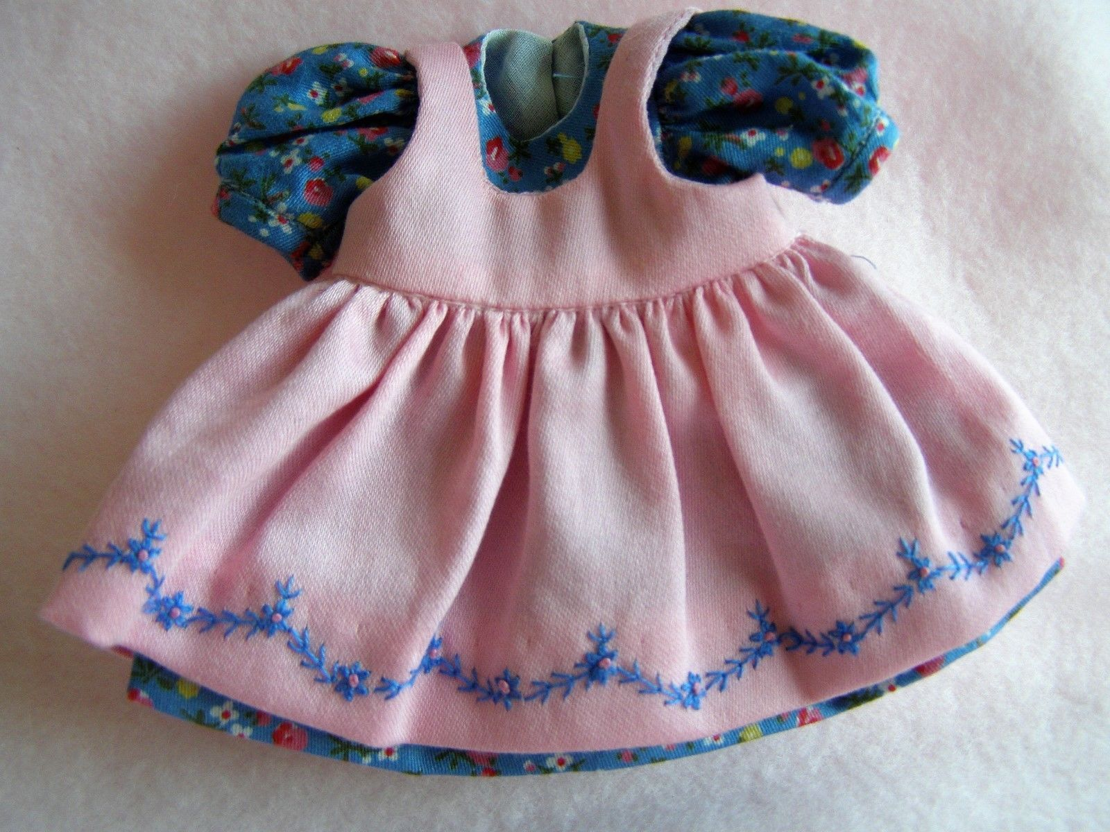 Sweet Dress by Boneka in Dolls & Bears Dolls Clothes & Accessories