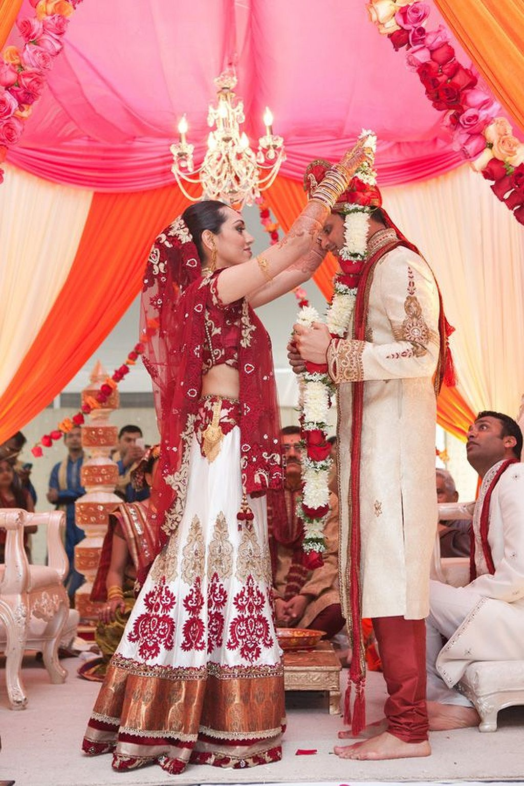 30 Beautiful Indian Wedding Reception Ideas Indian Wedding