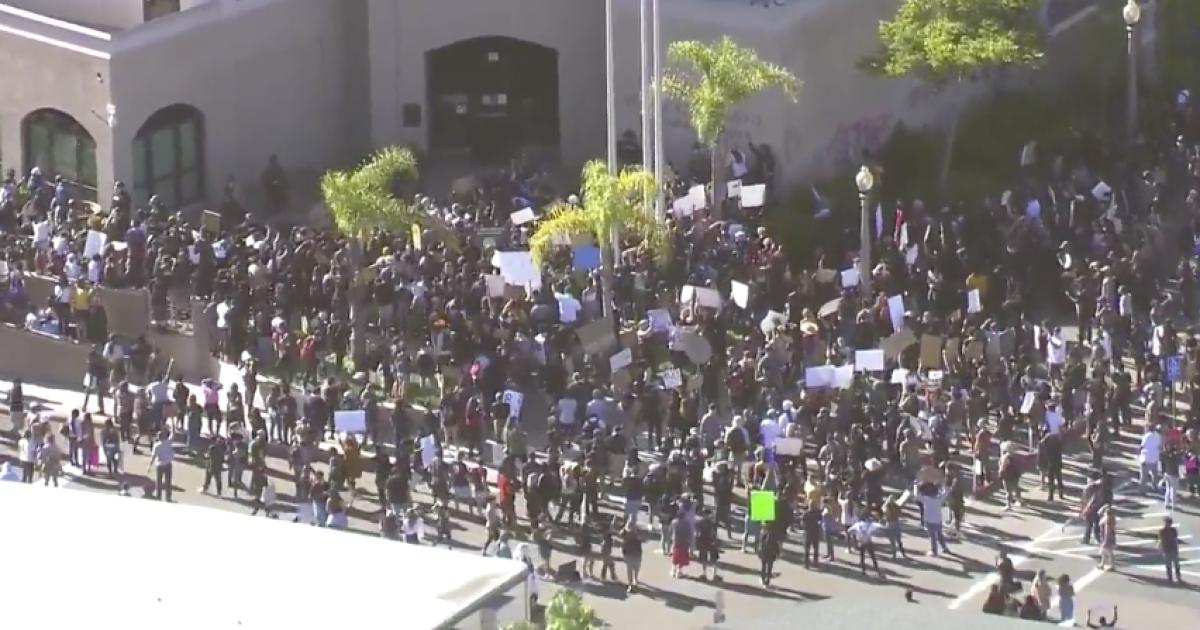 Thousands Of Demonstrators Take Over La Mesa Streets Mesa Memorial Day San Diego