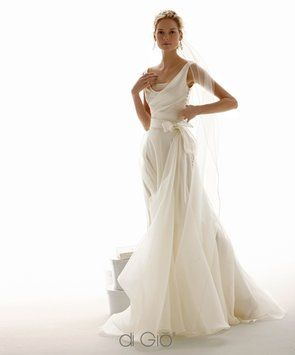 Cl25 Wedding Dress - $320 - This seems very Me