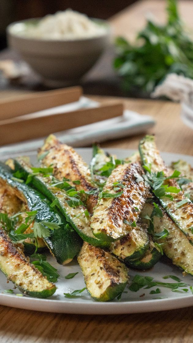 Make this baked parmesan zucchini a weeknight dinner staple images