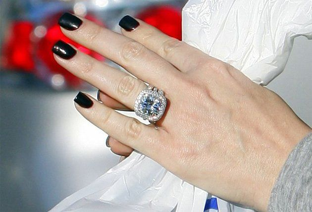 Khloe Kardashians Huge Diamond From Lamar Odom Celebrity Engagement Rings Khloe Kardashian Engagement Ring Kardashian Engagement Ring