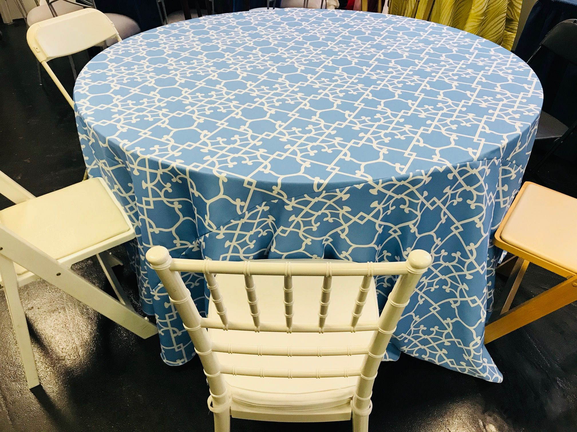 Incredible Party Rentals In St Louis Table Linens Table Linens Squirreltailoven Fun Painted Chair Ideas Images Squirreltailovenorg