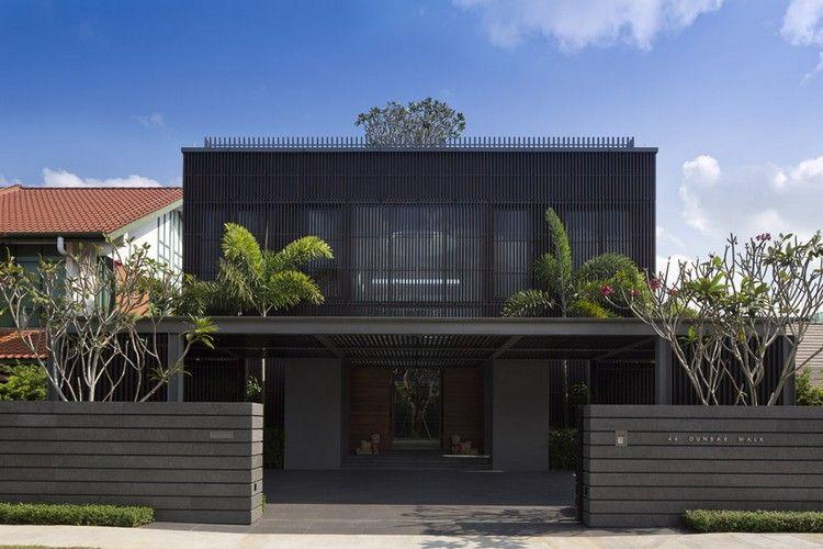 arbre de jardin en façade, clôture design et maison d ...