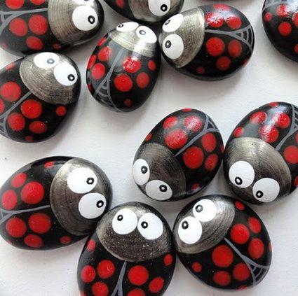 Mariquitas pintadas sobre piedras for kids pinterest - Manualidades con piedras de playa ...