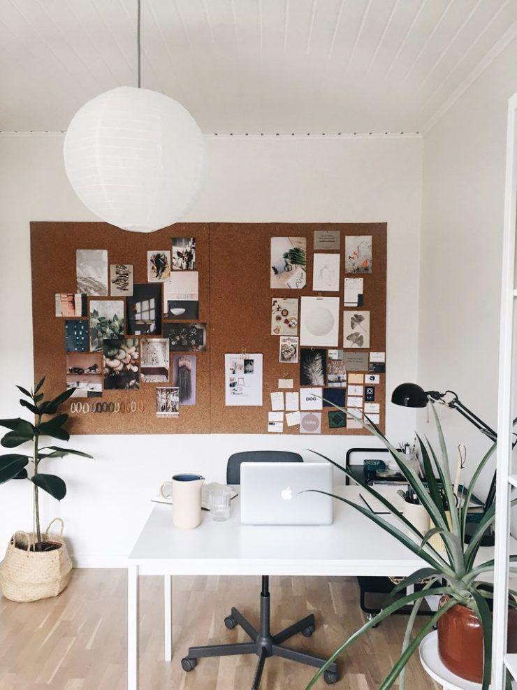 Mangler du kontor inspiration? Så deler jeg som indretningskonsulent nogle indretnings tips, der kan hjælpe dig til at skabe et inspirerende kontormiljø. Der er mange faktorer når man skal lave en kontor indretning, hvis du mangler hjælp skal du være velkommen til at kontakt mig, så kan jeg skabe et miljø der er inspirerende for dig og/eller dine medarbejdere. #kontor #kontorinspiration #nordicoffice #indretning #bolig