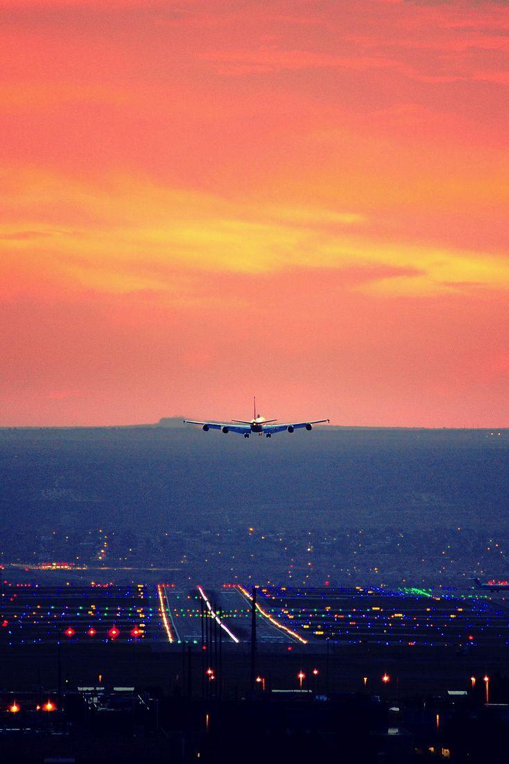 Hierbij een aantal van onze favoriete luchtvaart foto's. Wat is jouw mooiste luchtvaart foto?