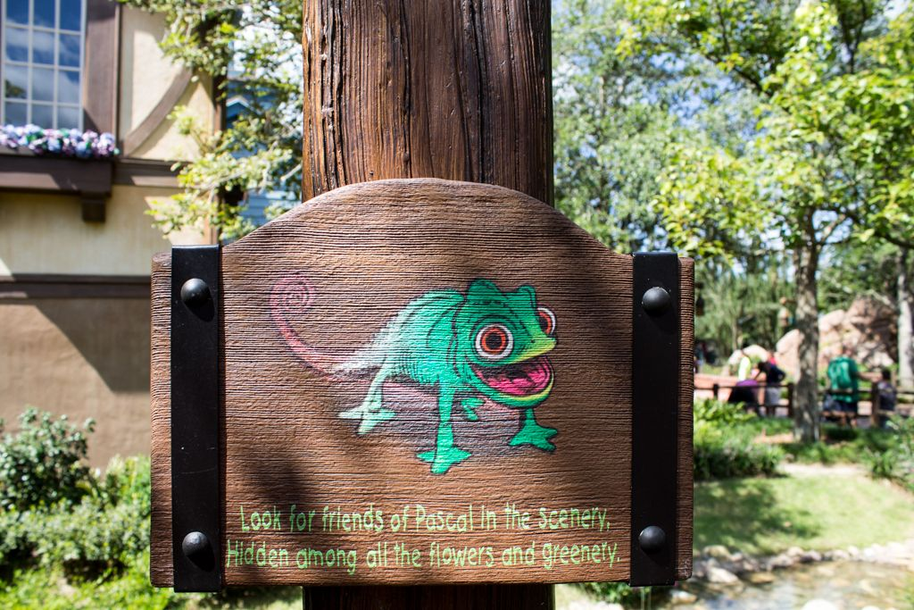 Find 10 Pascal's. find Rapunzel's paintings, wanted posters, and even Maximus' footprints!