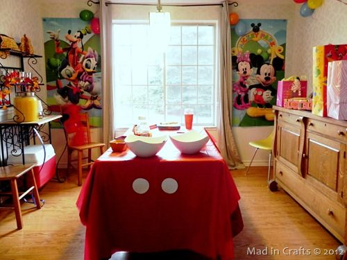 Mickey Mouse Centerpieces Homemade | put up most of the decorations in the dining room where everyone ...