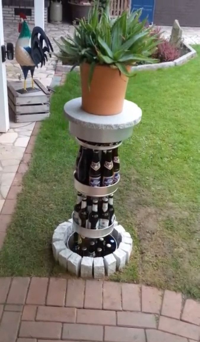 Virales Video Das Geheimversteck Fur Echte Alkoholiker Bierkuhler Garten Erdkuhlschrank Bier Kuhlschrank
