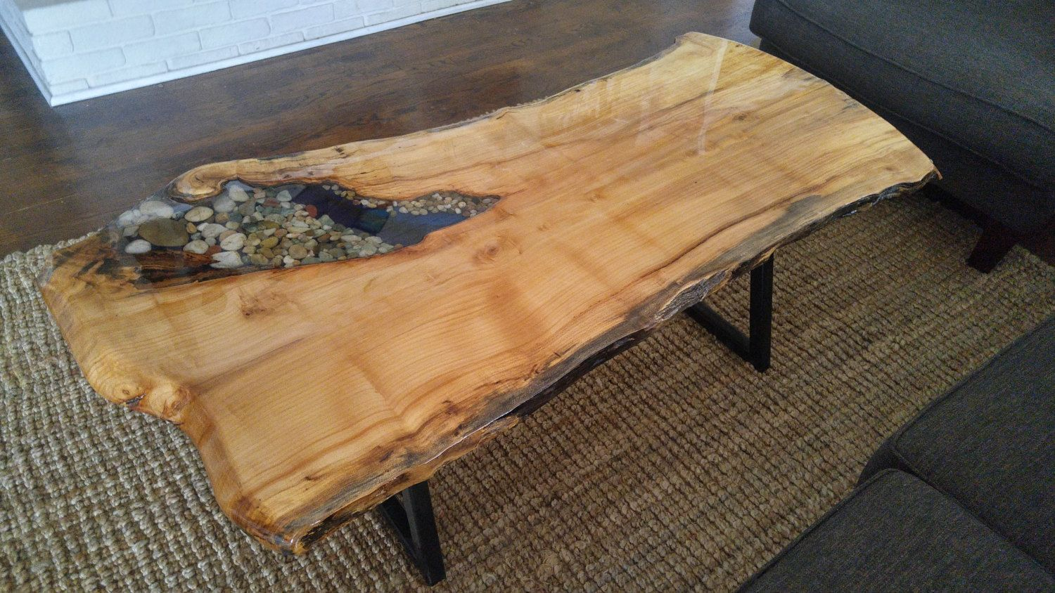 Live Edge Coffee Table with River Rock by LiveResinTables on Etsy | Coffee table, Live edge ...