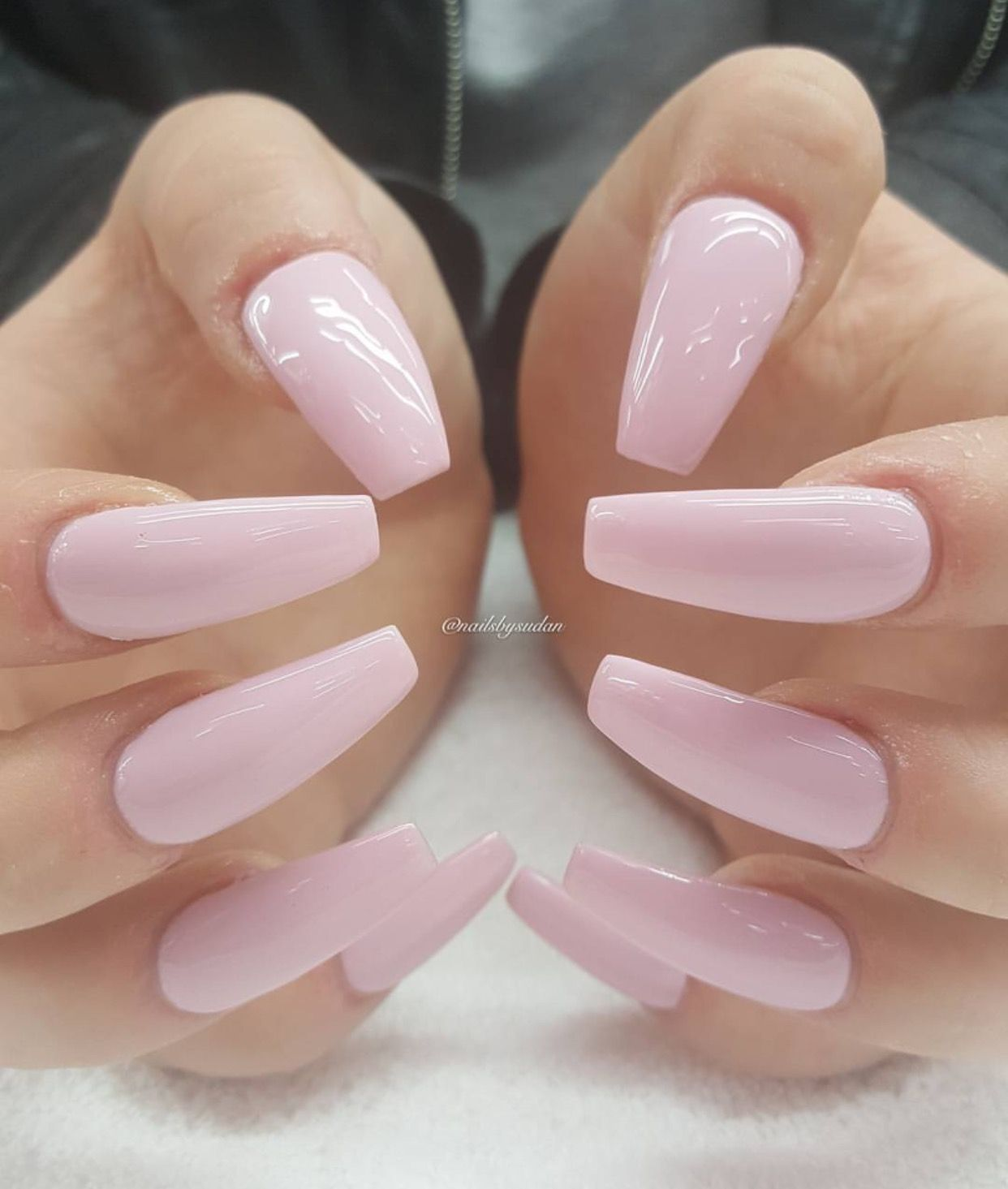 Done By: Sudan Pinterest @Hair,Nails,And Style | N A I L S ...
