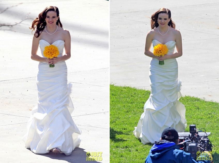 As Featured Mikaella On The Flash From Bridal Caitlin Snow Married Ronnie Raymond In Style 1406 With A Simple Yellow Bouquet