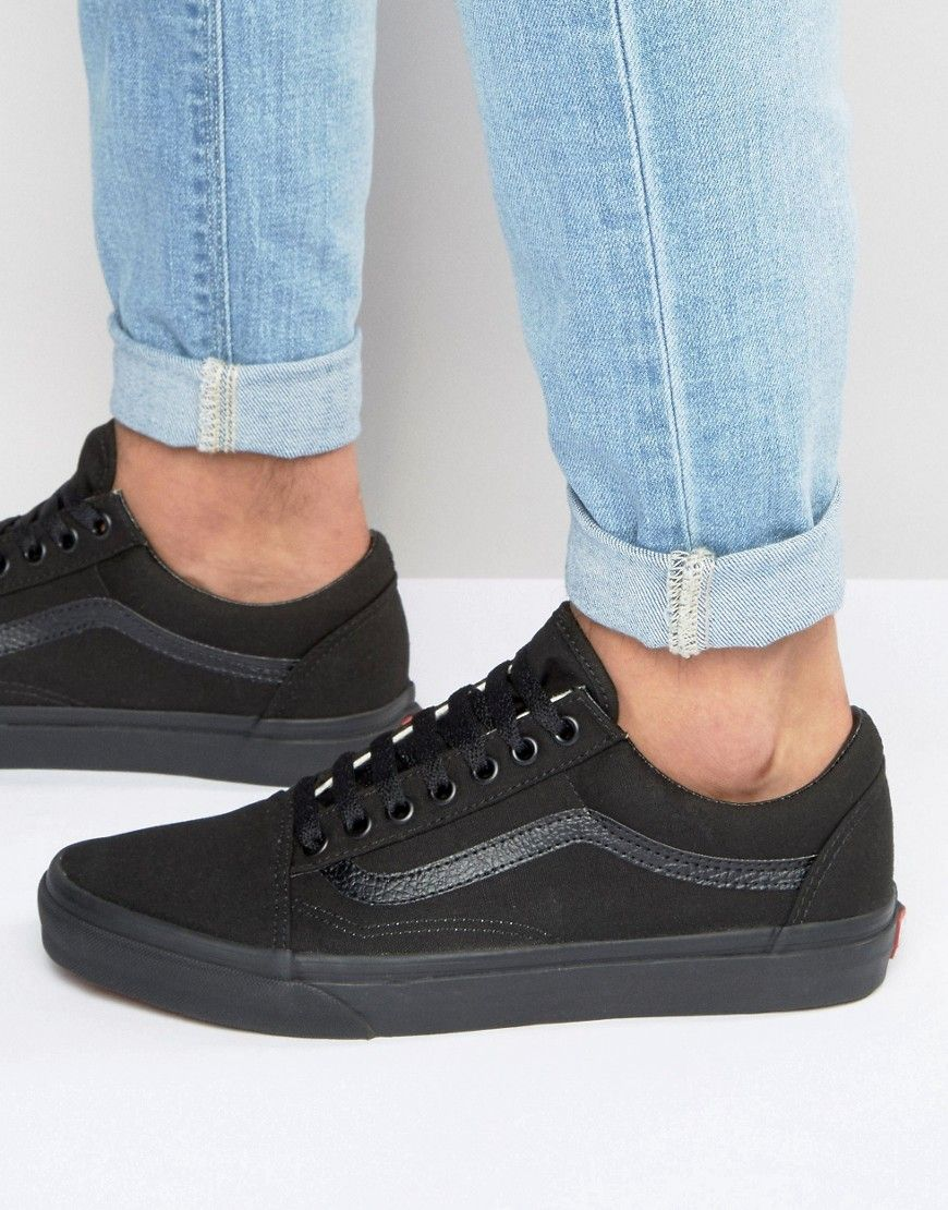 f2dca88ad8534e Get this Vans s sneakers now! Click for more details. Worldwide shipping. Vans  Old Skool Trainers in black VD3HBKA - Black  Trainers by Vans