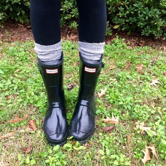 Hunter Original Short Gloss Boot cute black Hunter boots. like new. Hunter  Boots Shoes