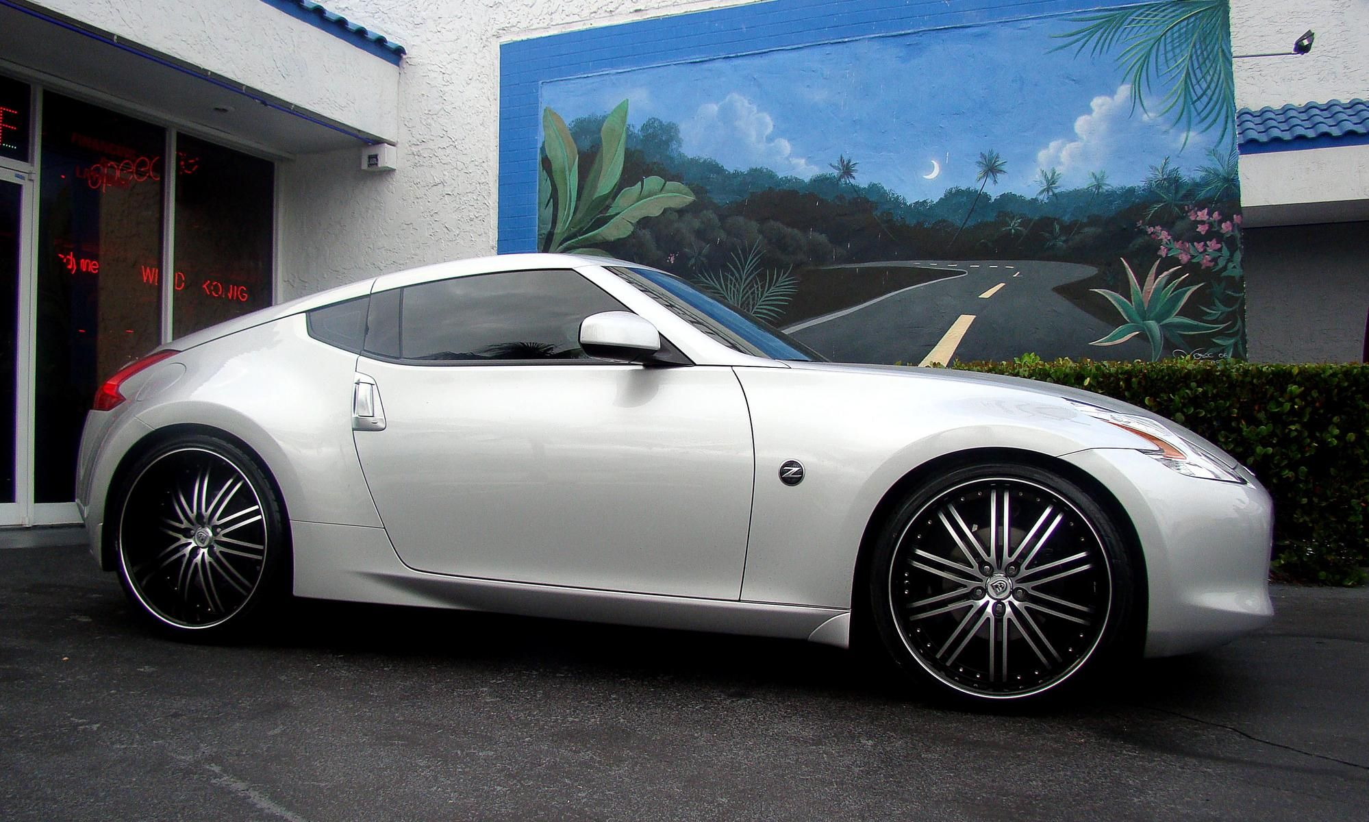 Lexani wheels the leader in custom luxury wheels silver 2012 lexani wheels the leader in custom luxury wheels silver 2012 nissan 370z with 22 vanachro Image collections