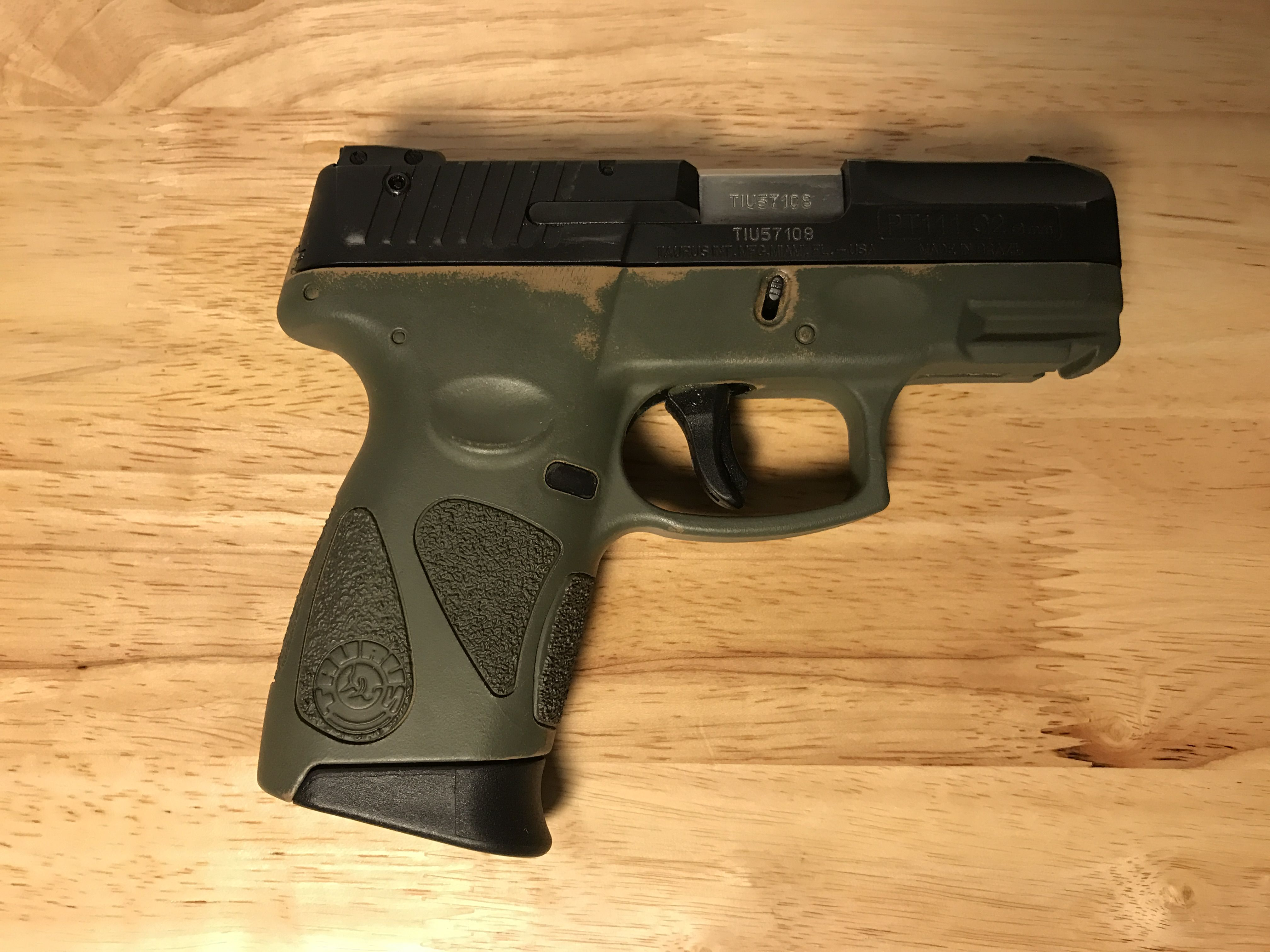 Taurus PT111 Gen 2 9mm, modified with Dark Earth and Flat Green