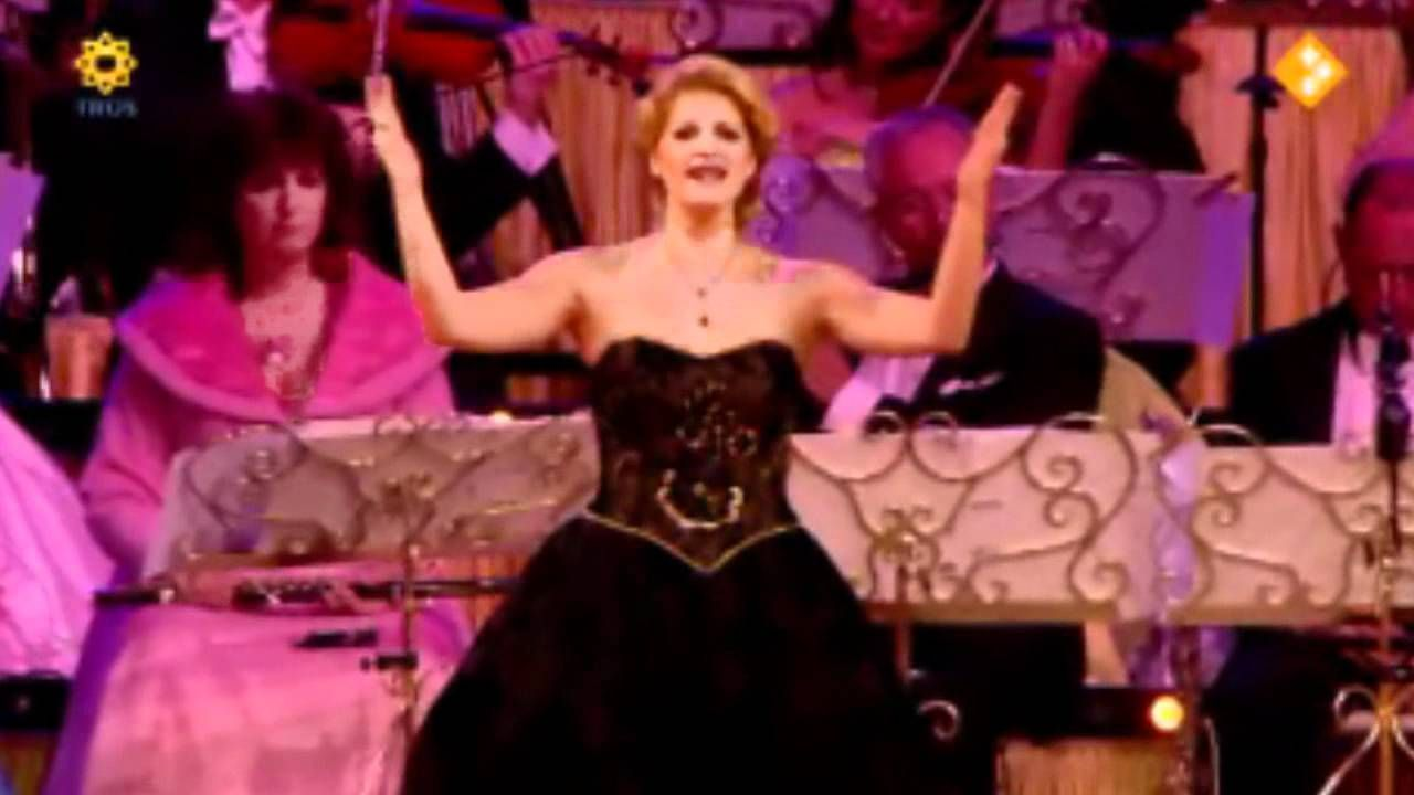 Andre Rieu And Mirusia Louwerse Don T Cry For Me Argentina