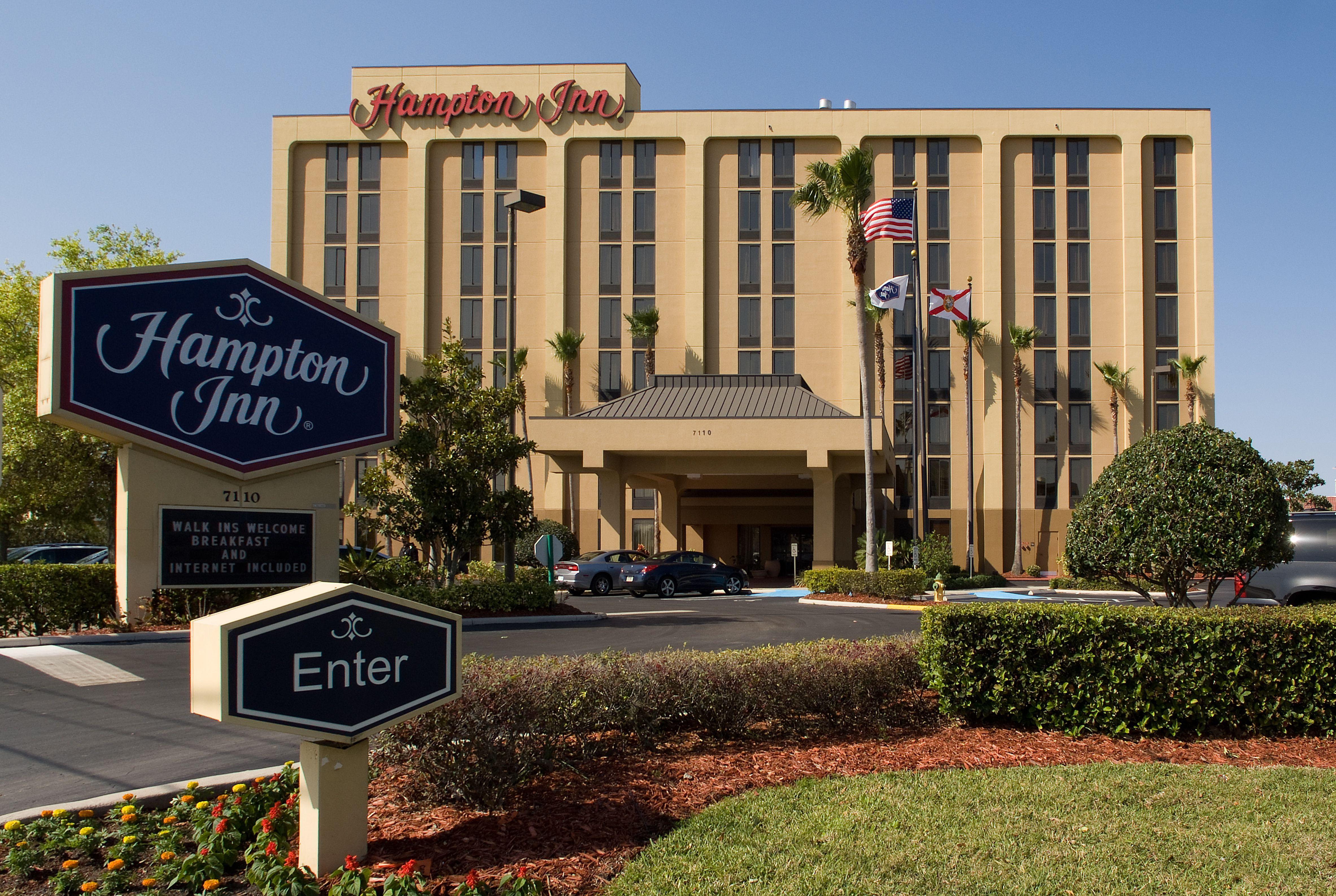 Welcome to the Hampton Inn Orlando-S. Of Universal Studios hotel in ...