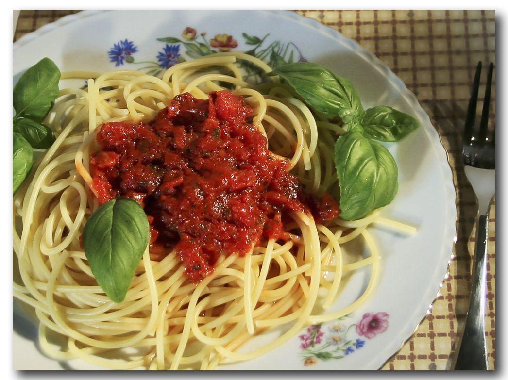 Spaghetti al Pomodoro | Hering, Abnehmen