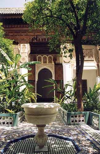 patio andalou carreaux et mosaiques pinterest patios maroc et jardin marocain. Black Bedroom Furniture Sets. Home Design Ideas