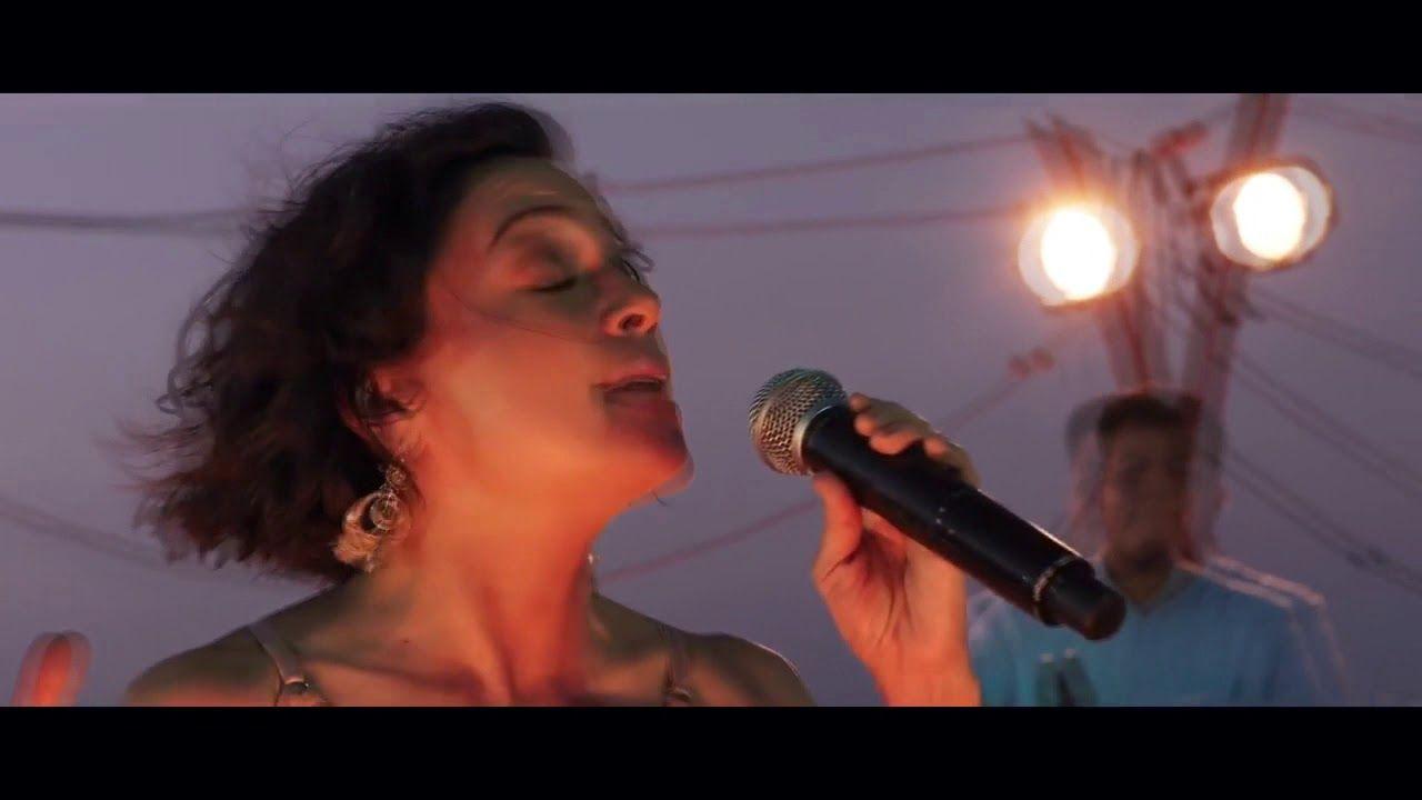 Los Angeles Azules Ft Natalia Lafourcade Nunca Es Suficiente Club Version Youtube En 2020 Los Angeles Azules Dj Unas Azules