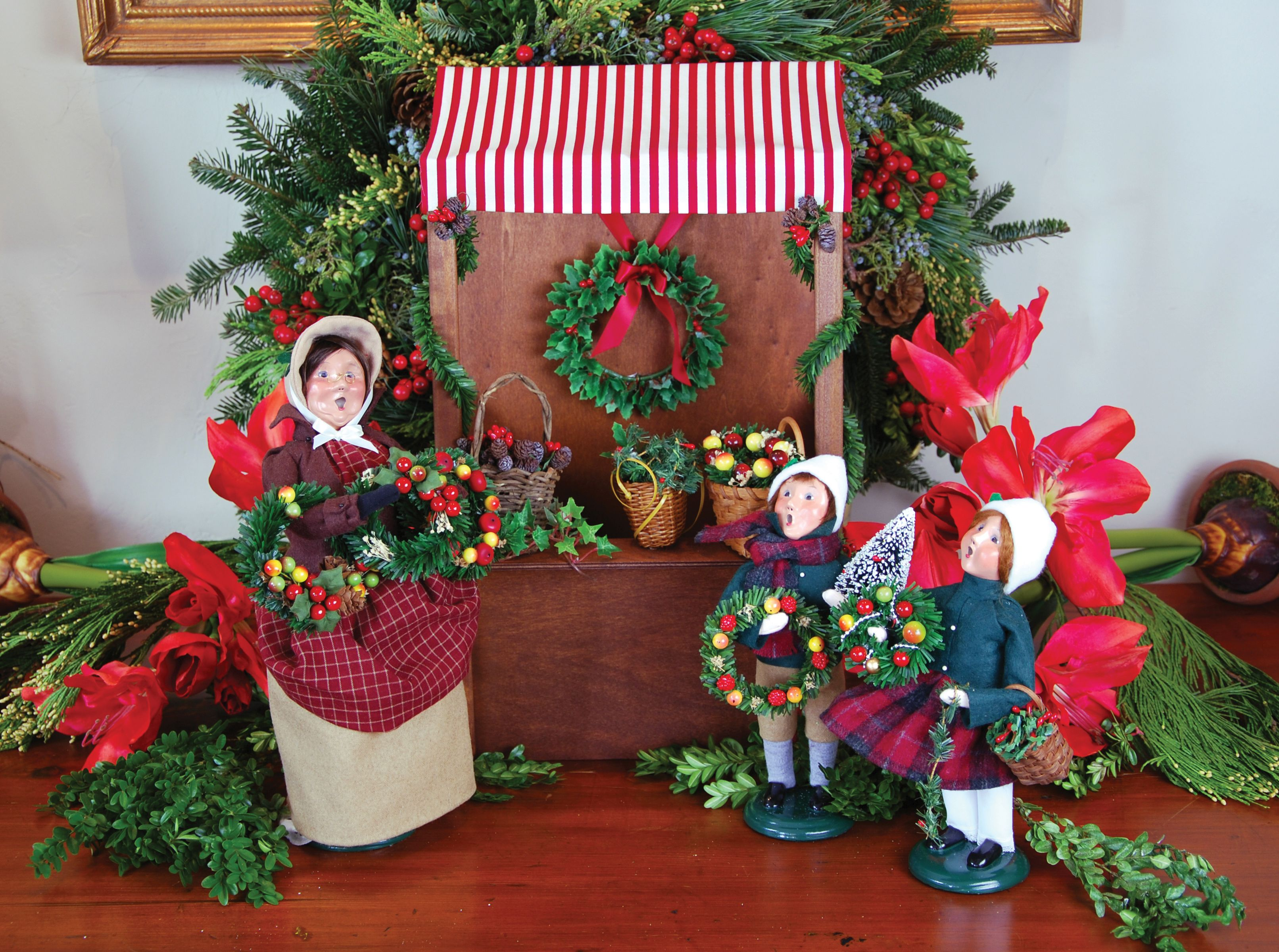 Christmas carolers figurines for sale - Byers Choice Carolers Christmas Market Collection Woman Selling Evergreens Kids With Evergreens