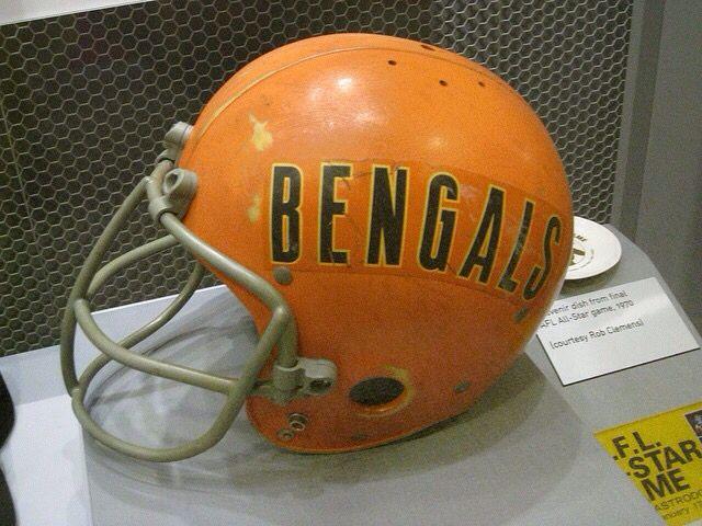 Old Helmet Bengals Football Nfl Football Helmets Football