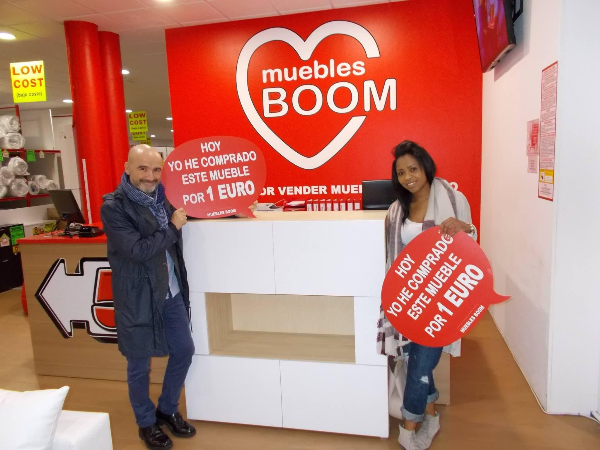 Ayer emy v s y antonio v a se compraron por s lo 1 euro este aparador en nuestra - Muebles boom 1 euro ...
