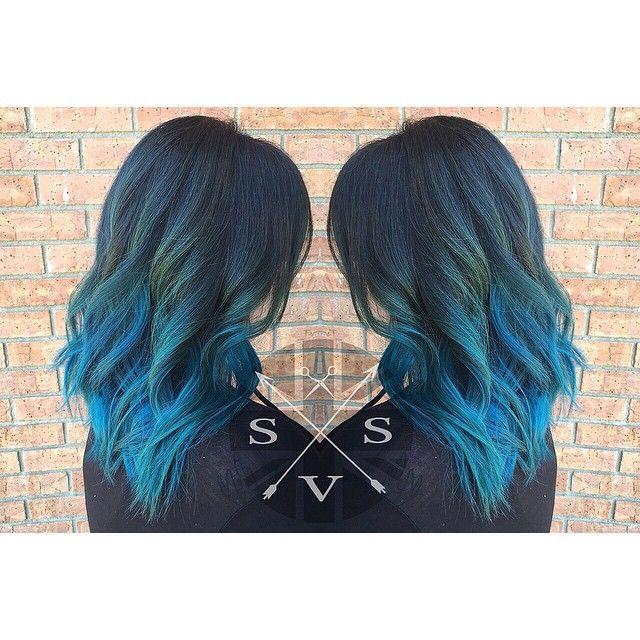 Color refresh. #hairbystephanyvanstone #mermaidians #joico #4thst #londoncallingstudio #downtownlb #bluehair #waves #angelofcolour #stylistshopconnect #hotonbeauty #behindthechair #butterflyloftsalon #modernsalon