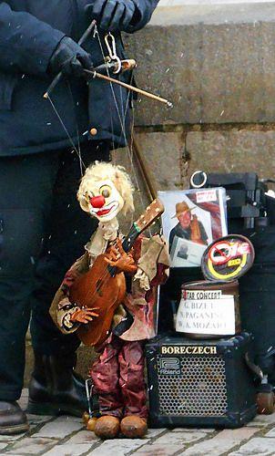 Pin By Veronica On Beautiful Street Musician Art Dolls Street Artists