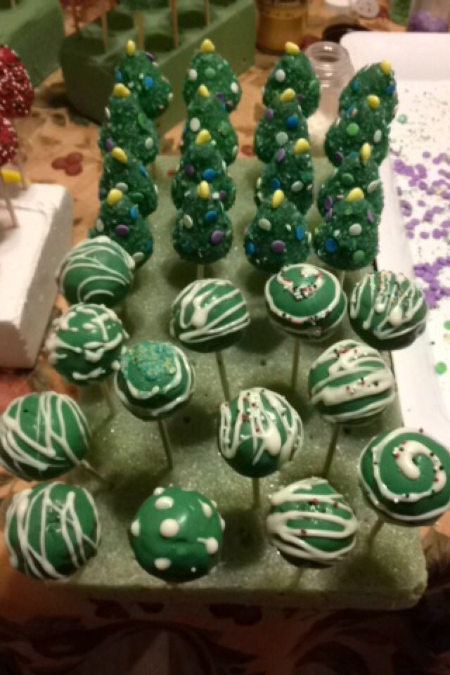 What I did my entire weekend #cakepops #christmastrees #decorations