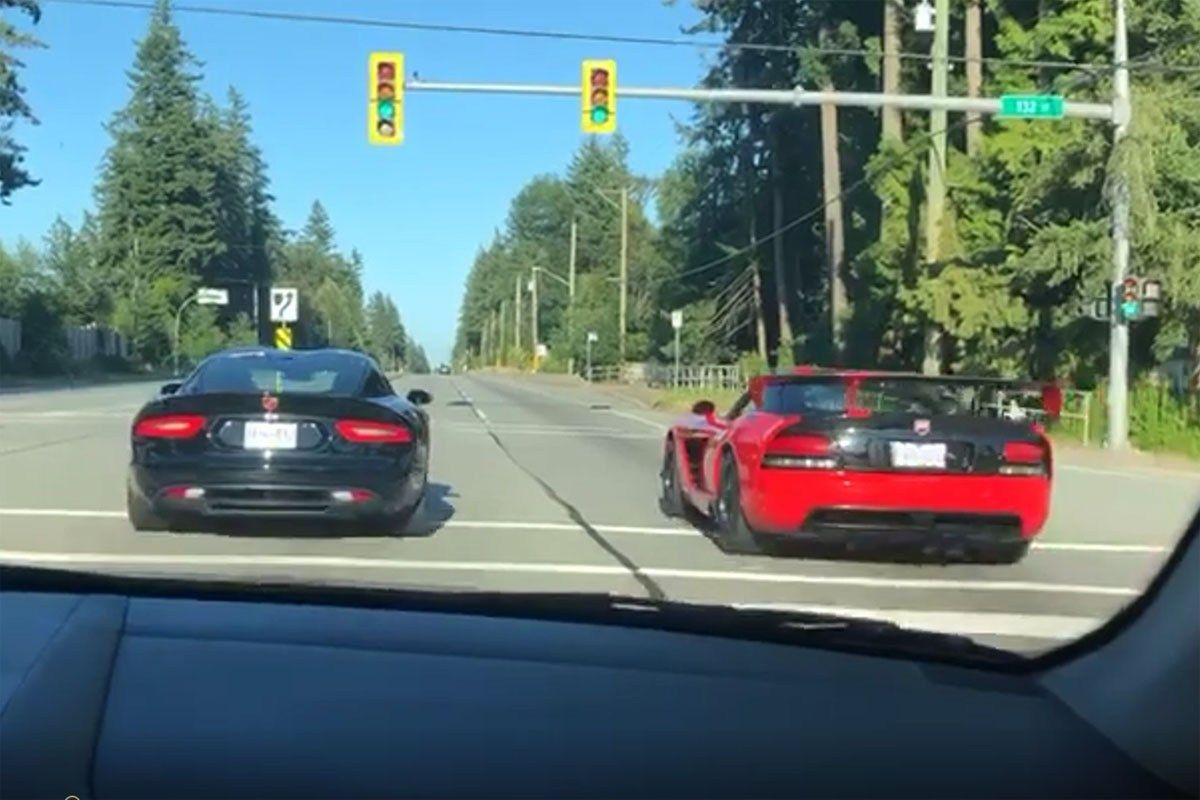 Apparently Some Dodge Viper Owners Can T Drive Straight Dodge Viper Epic Fail Pictures Car Fails