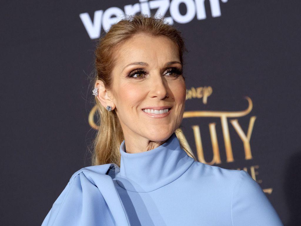 Céline Dion en mini-jupe et cuissardes : Elle frappe une nouvelle fois fort