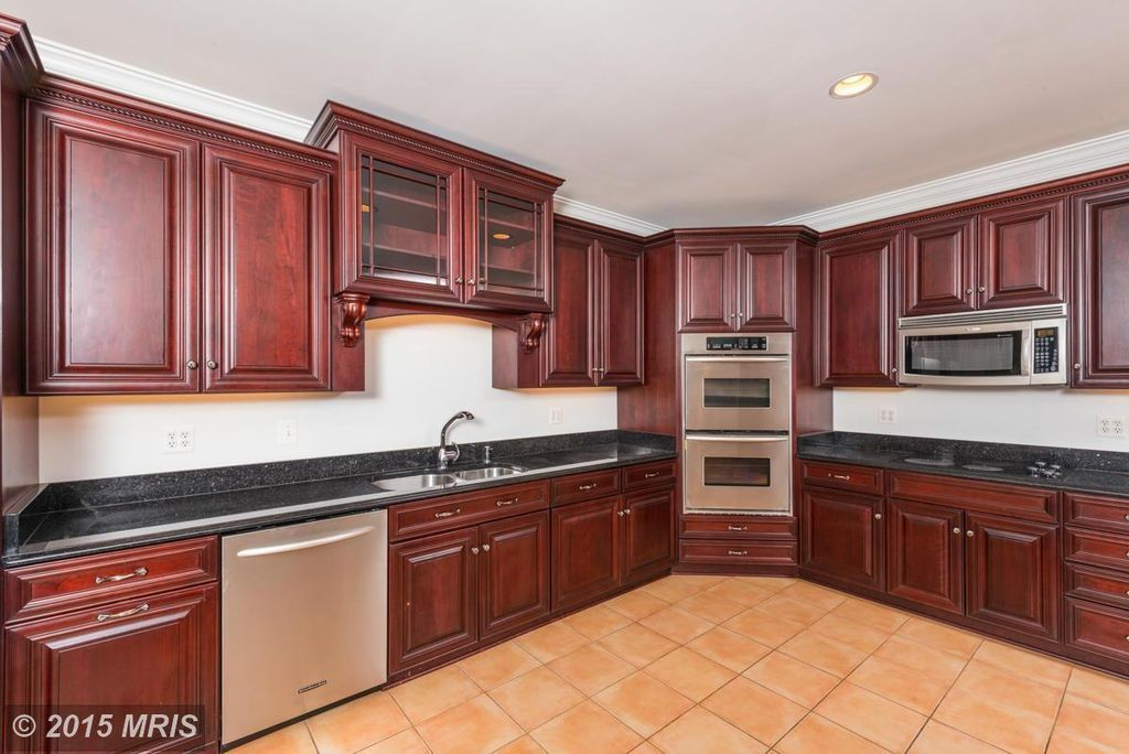 Craftsman Kitchen with Distinctive 30 Inch Double Electric ...