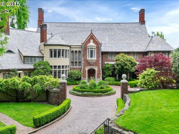 The Cobb House In Portland Or Designed By Albert E Doyle Www Estately Com Listings Info 2424 Sw Montgomery Dr