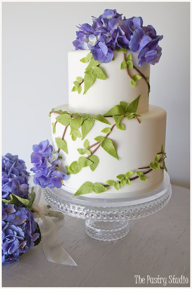 A Nature Inspired Cake Design For A Charming Backyard Home Wedding