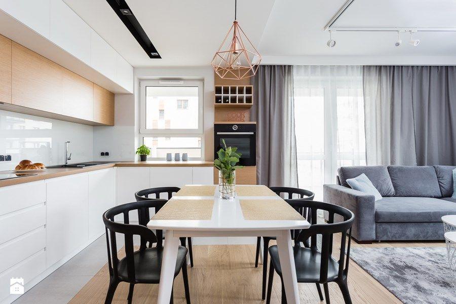 Mieszkanie Dla Rodziny Mala Otwarta Kuchnia W Ksztalcie Litery L Z Oknem Styl Skandynawski Small Modern Kitchens Home Decor Kitchen Kitchen Colour Schemes