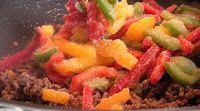 pakastettua paprikaa chili con carneen