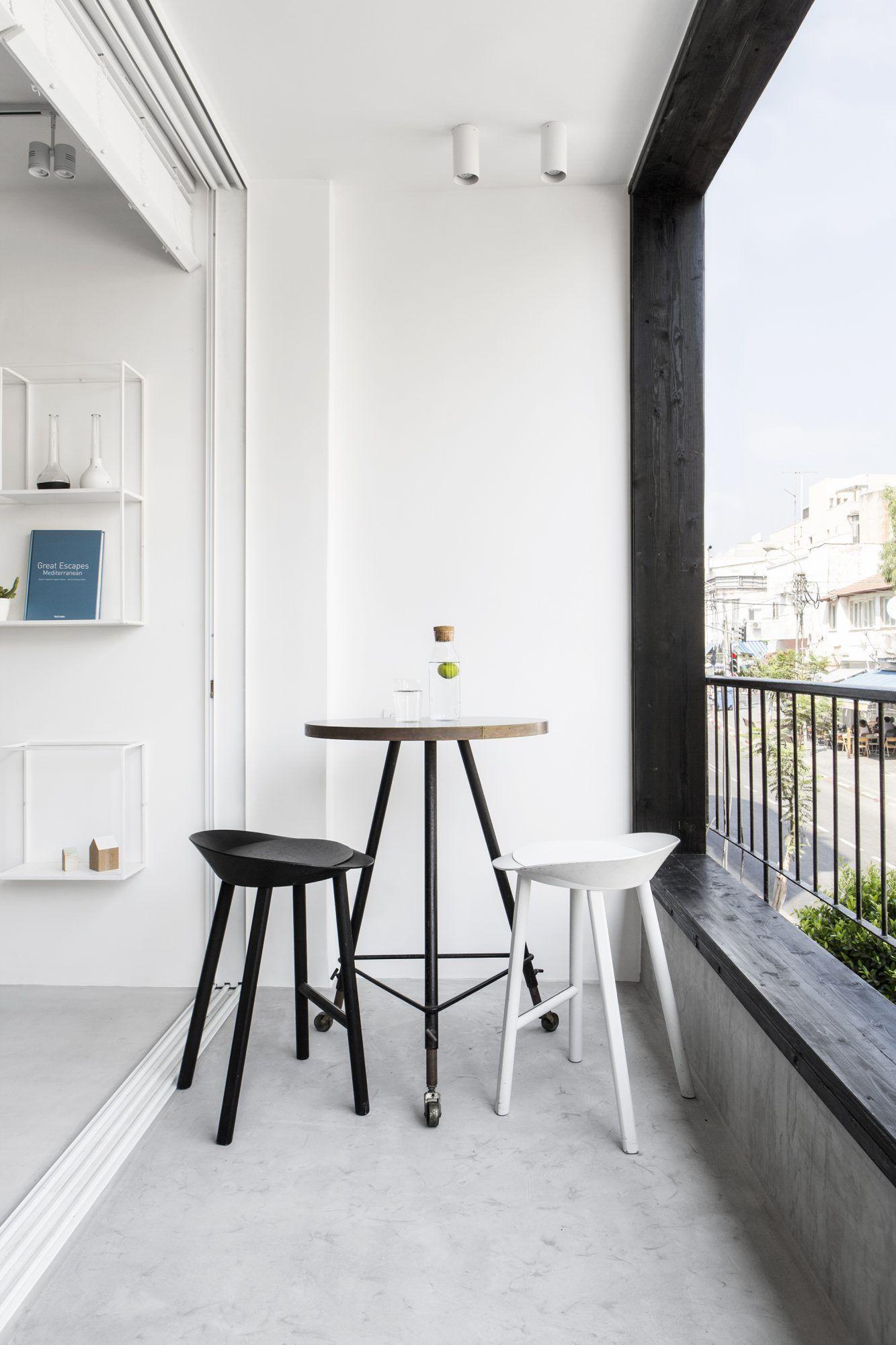 Apartment in Tel Aviv – Minimalissimo Living Space