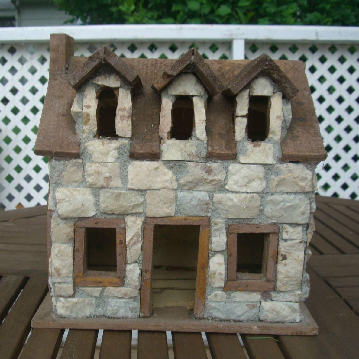 Casa artística de pedras...