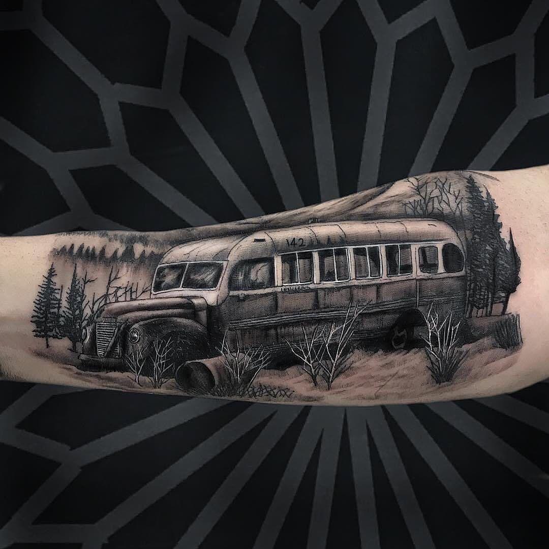 Tattoo feita pelo nosso tatuador residente @cayo_farias  Quer marcar a sua ou tirar alguma dúvida? Liga pra gente: (31) 3504-1545 . . #bh #belohorizonte #savassi #bhtattoo #savassitattoo #minasgerais #tattoo2me #tattoodo #tattooartist #tattoos #tattooed #tattoosnob #tattooing #tattooartistmagazine #tattooidea #tattooer #tattooink #tattooart #tattooworkers #tattoolovers