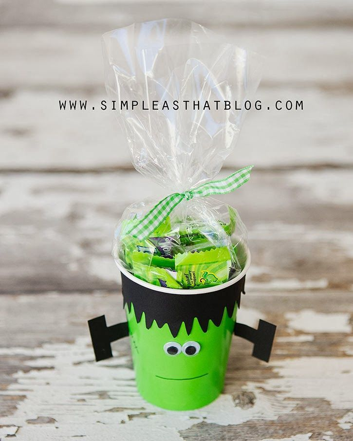 Simple Halloween Treat Cups School Party Ideas Pinterest