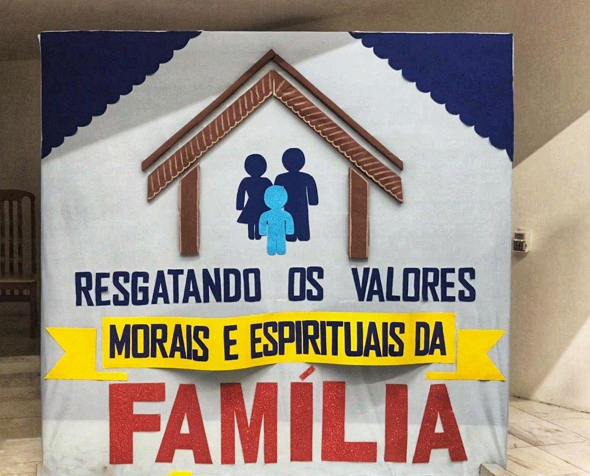 Pin De Doris Caez Em Centros Pre Escolar Decoracao Encontro De