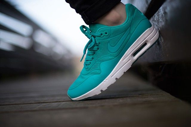 air max 1 ultra moire retro