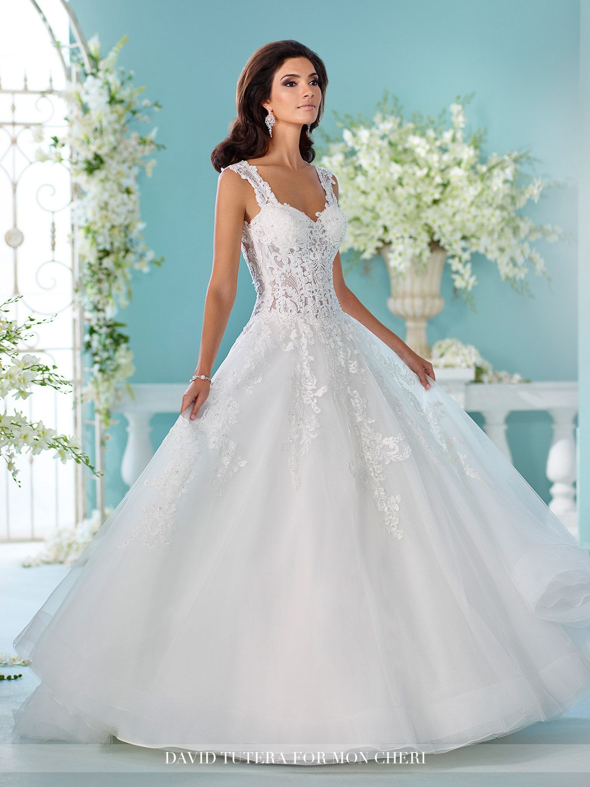 Unique Wedding Dresses Fall 2018 - Martin Thornburg | Pinterest ...