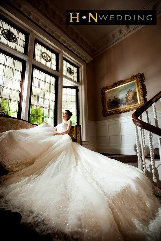 Luxury Wedding Dress, Natural light, Hycroft Manor, Stairs