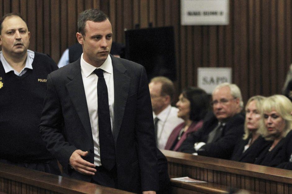 Oscar Pistorius devant la justice: accusé du meurtre de sa compagne, le sportif a plaidé non-coupable. Il encourt une peine de prison à vie