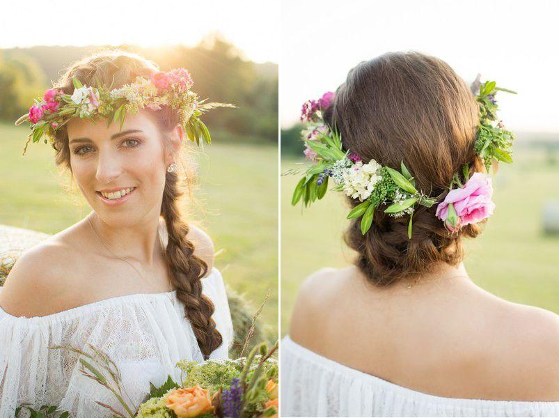 Hochzeitsgezwitscher De Boho Frisur Blumenkranz Lange Haare Geflochten Frisur Blumenkranz Boho Frisuren Blumenkranz Haare
