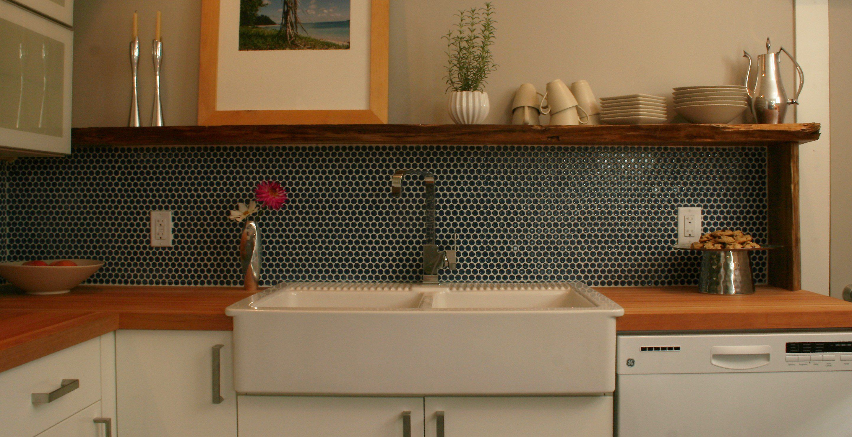 Dark blue penny rounds backsplash google search - Penny tile backsplash kitchen ...